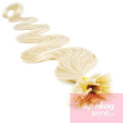 24 inch (60cm) Nail tip / U tip human hair pre bonded extensions wavy - platinum blonde